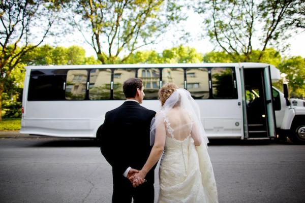 Limuzinas ar autobusas vestuvems